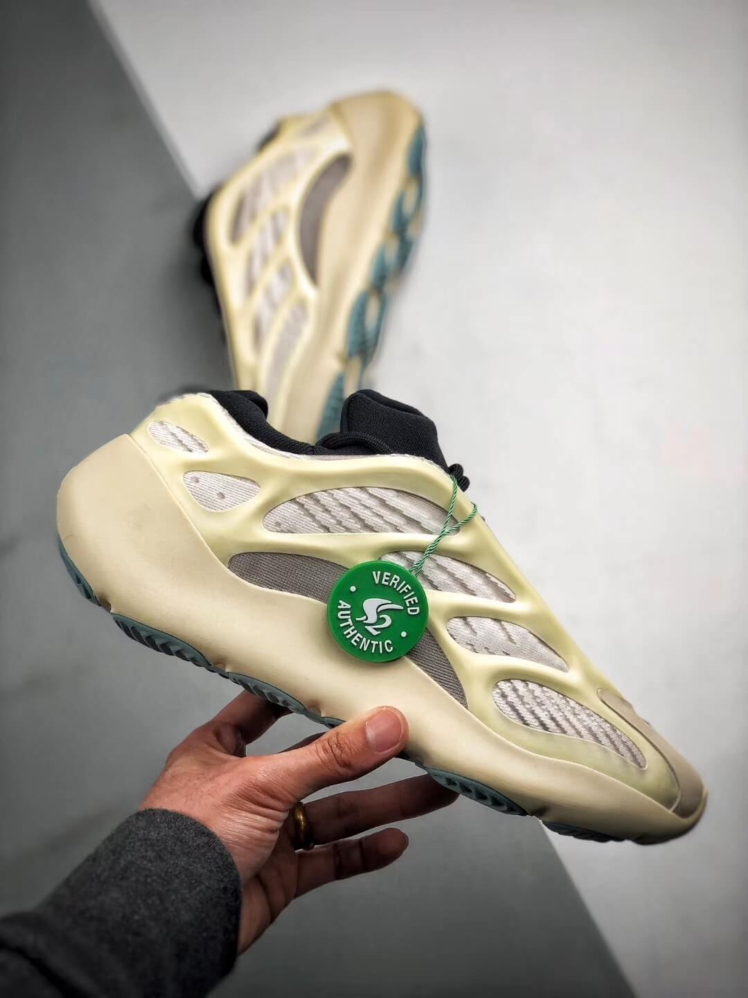 The Adidas Yeezy 700 V3 Azael Reflective Sneaker White Mesh Open Work Upper EVA Outer Sole Top RepSneakers 02