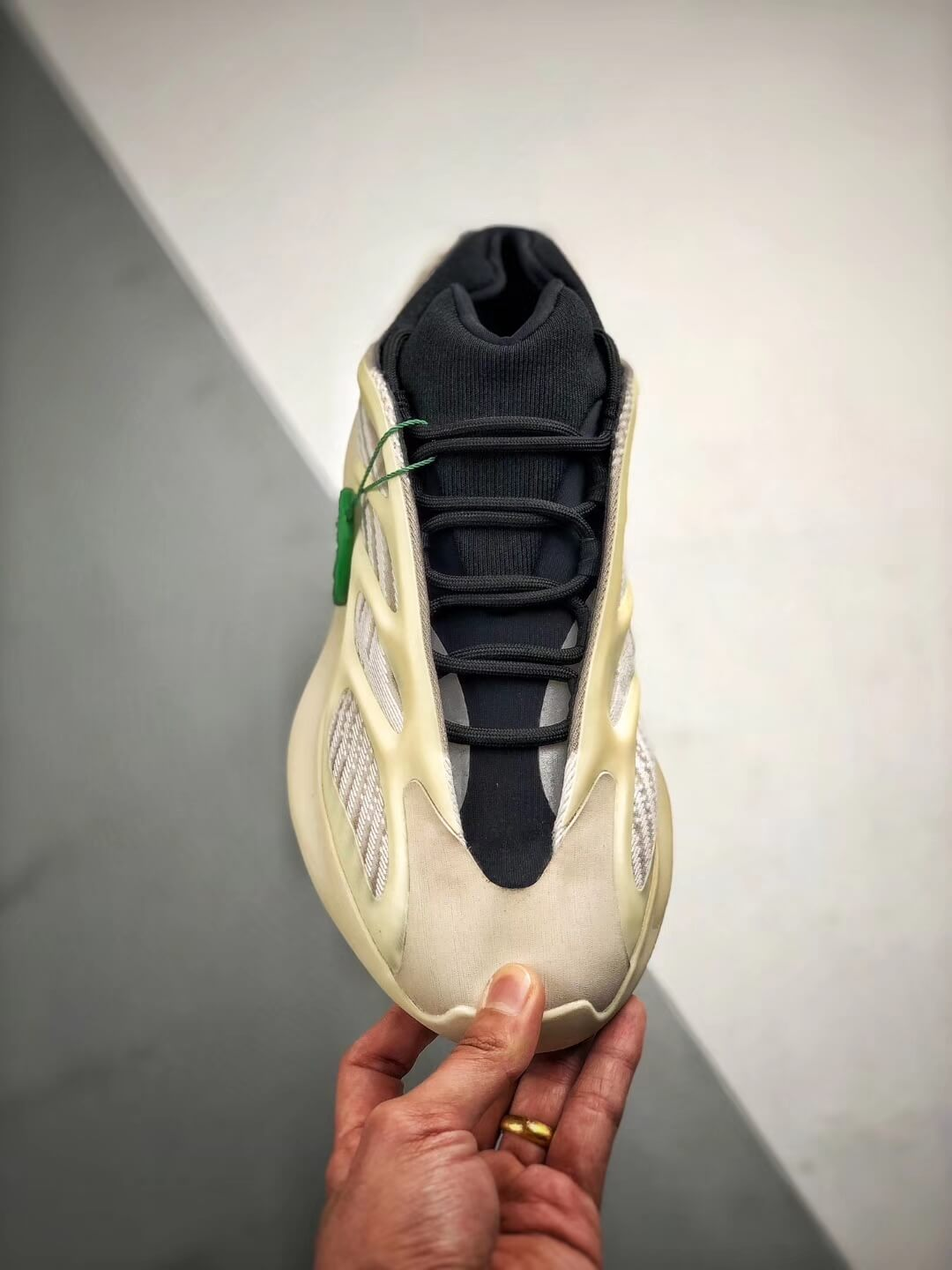 The Adidas Yeezy 700 V3 Azael Reflective Sneaker White Mesh Open Work Upper EVA Outer Sole Top RepSneakers 03