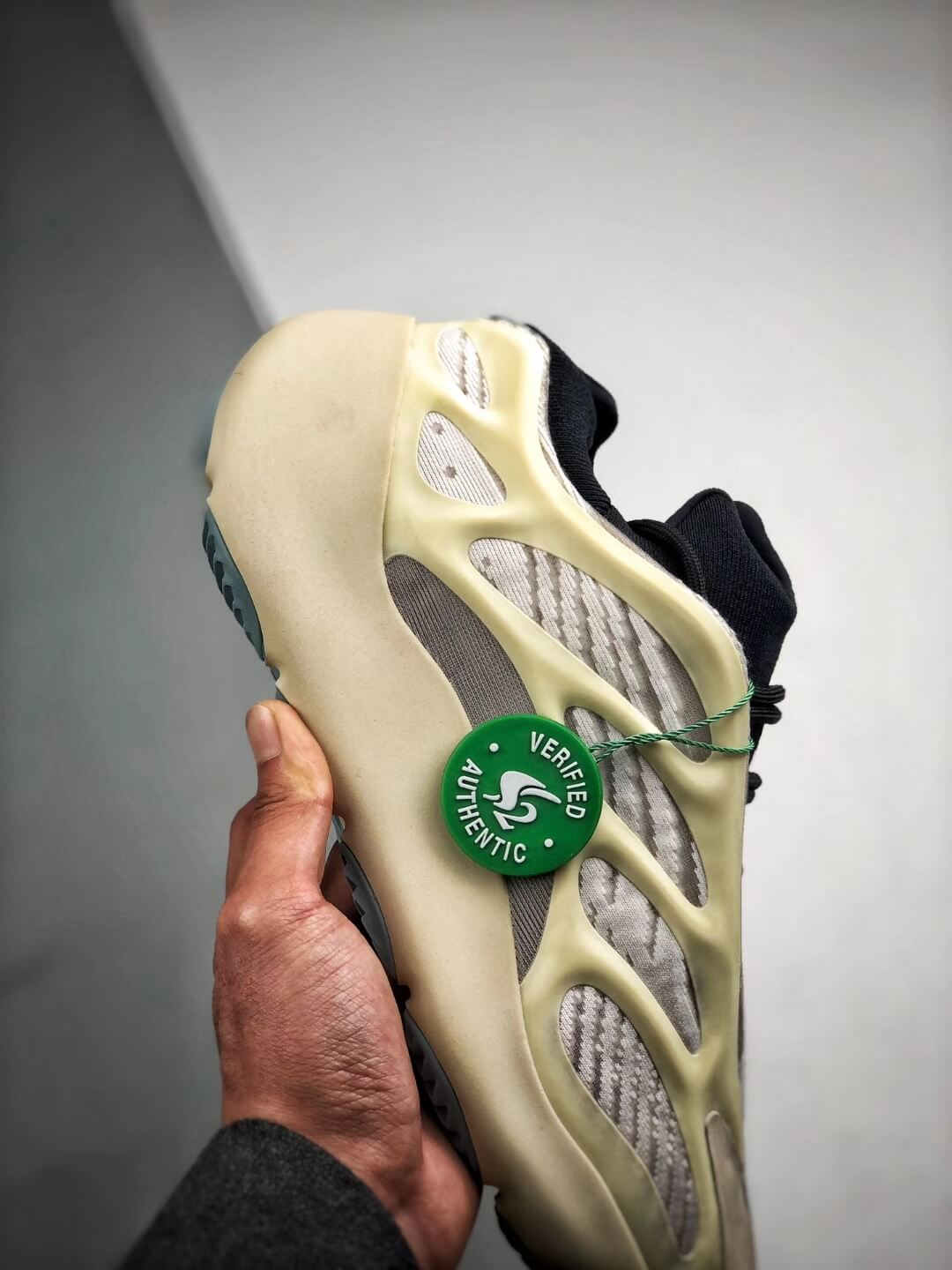 The Adidas Yeezy 700 V3 Azael Reflective Sneaker White Mesh Open Work Upper EVA Outer Sole Top RepSneakers 05