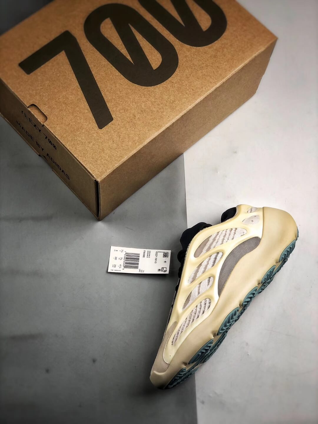 The Adidas Yeezy 700 V3 Azael Reflective Sneaker White Mesh Open Work Upper EVA Outer Sole Top RepSneakers 18