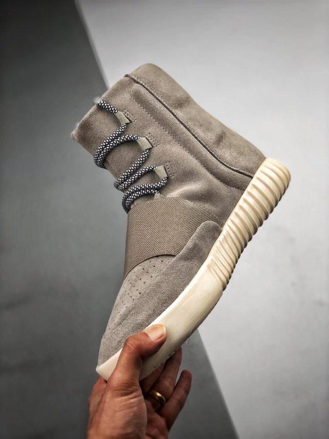 The Adidas Yeezy Boost 750 OG Grey Suede Best Rep Sneaker 04