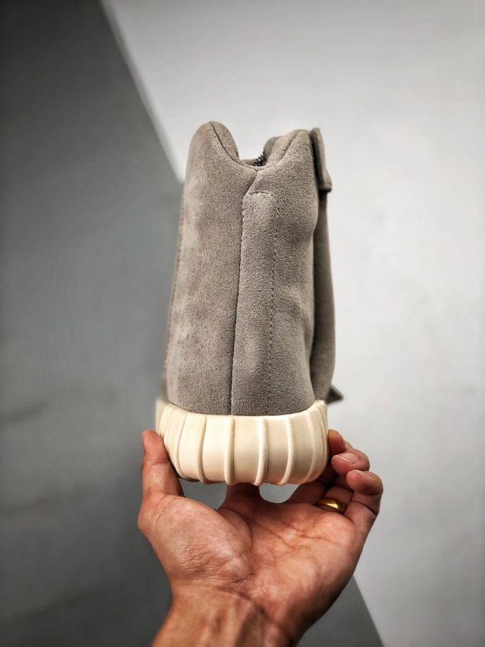 The Adidas Yeezy Boost 750 OG Grey Suede Best Rep Sneaker 08