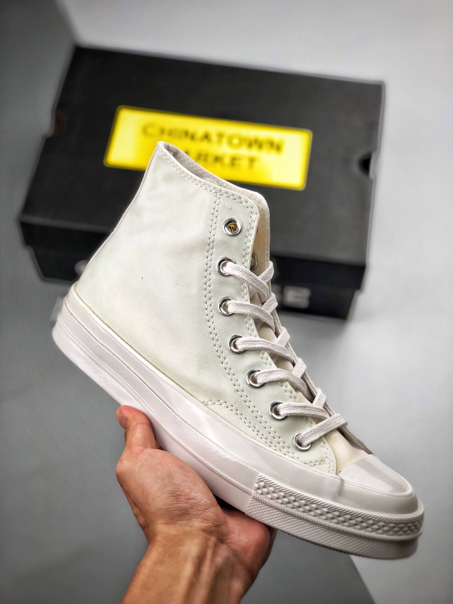 The Converse Chinatown Market x Chuck 70 High UV Lifestyle RepShoes 01