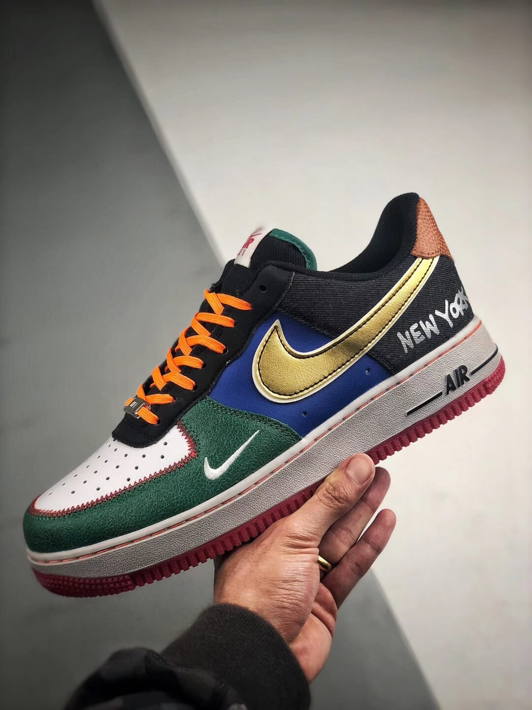 The Nike Air Force 1 Low 07 What The NYC Top Fake Sneaker 04