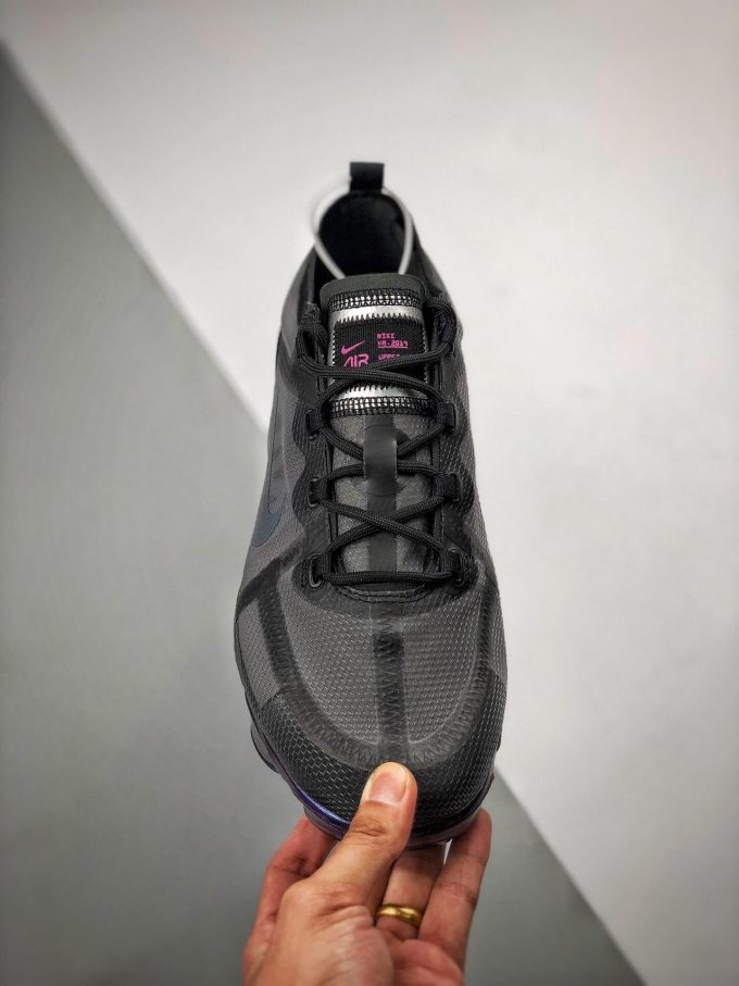 The Nike Wmns Air VaporMax 2019 Throwback Future 03