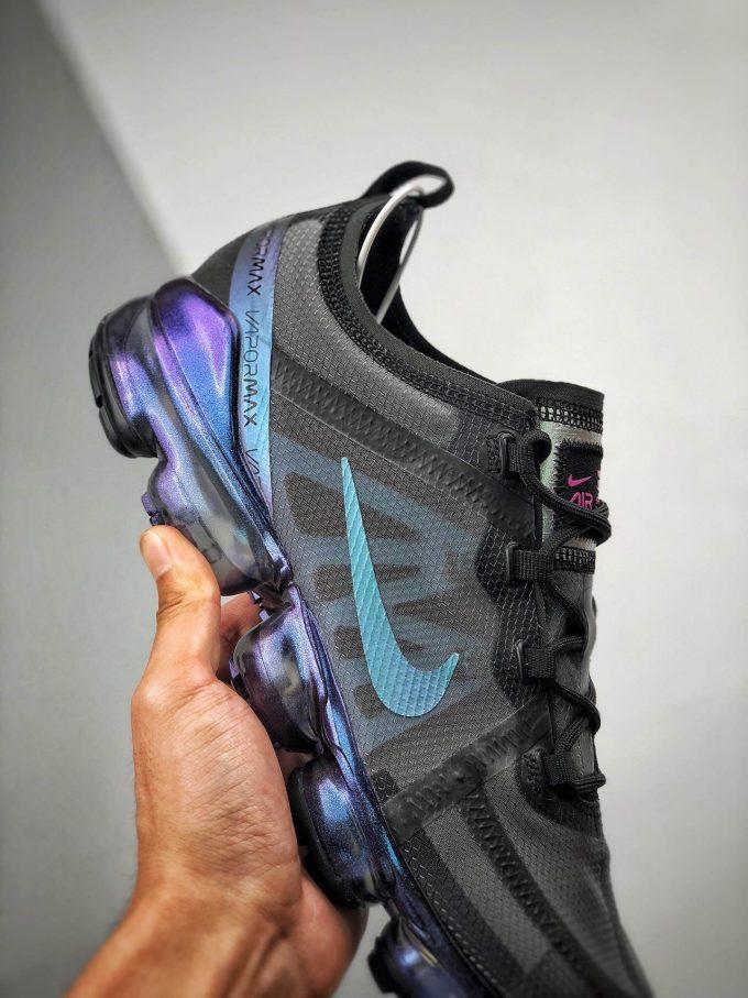 The Nike Wmns Air VaporMax 2019 Throwback Future 05