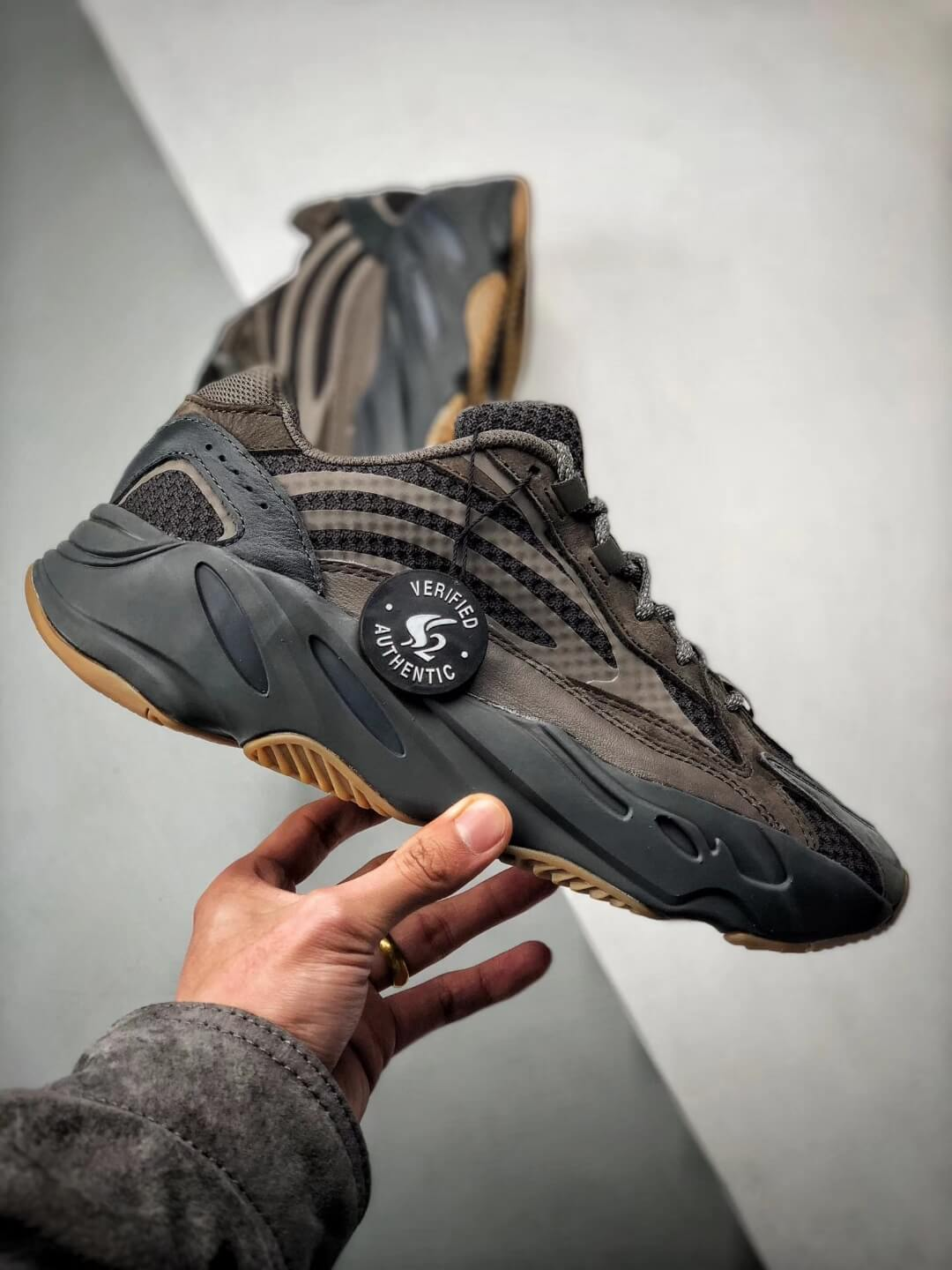The adidas Yeezy Boost 700 V2 Geode Sneaker Top RepShoes 02