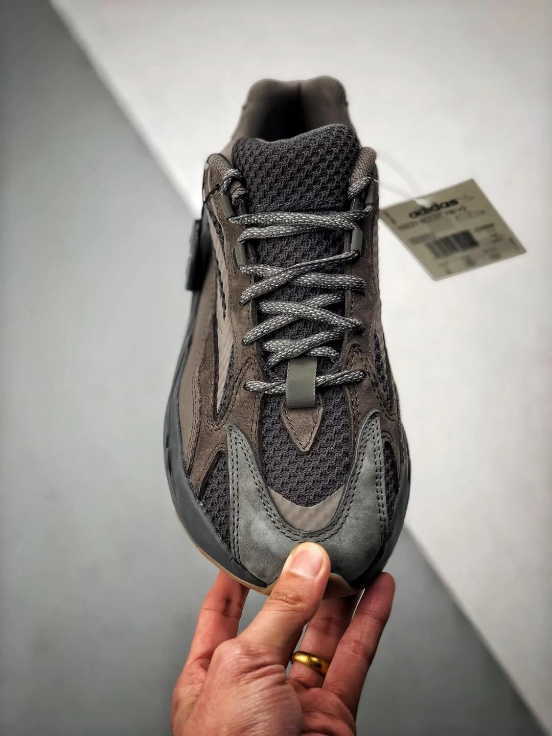 The adidas Yeezy Boost 700 V2 Geode Sneaker Top RepShoes 03