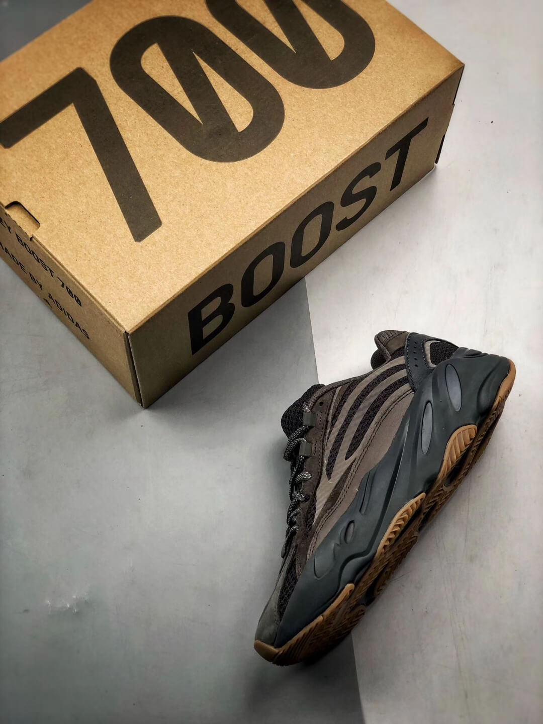 The adidas Yeezy Boost 700 V2 Geode Sneaker Top RepShoes 09