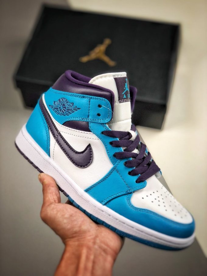 The Air Jordan 1 Mid Hornets Blue Lagoon and Grand Purple Leather Upper Jordan Wings Logo Repsneakers 01